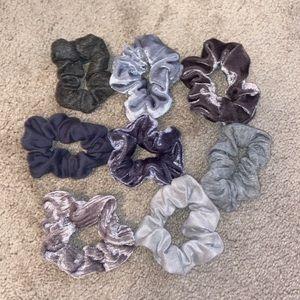 🍄Set of 8 Gray Scrunchies